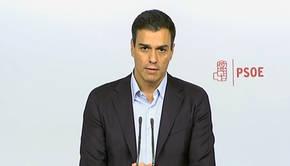 Pedro Sánchez medita sus posibilidades tras la desbandada del sector crítico hacia Patxi López