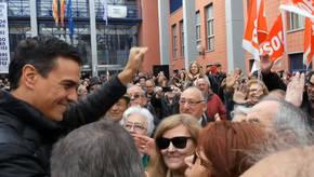 El exsecretario general del PSOE Pedro Sánchez durante la visita realizada a Xirivella (Valencia)