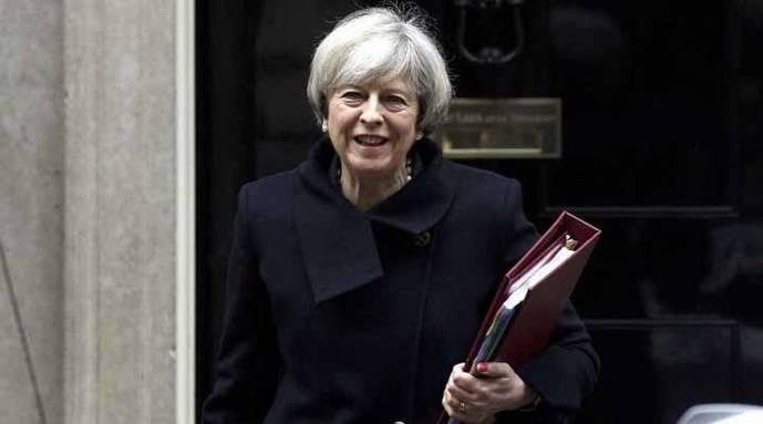Theresa May presentará el libro blanco sobre el Brexit