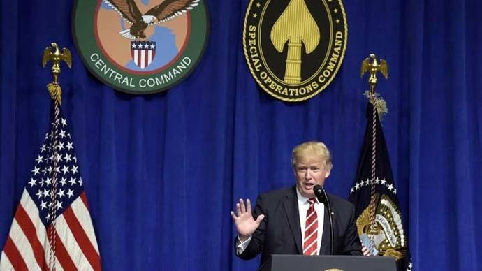 Trump enfrenta una ofensiva judicial y política contra su decreto migratorio