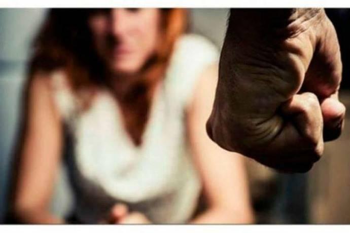 Rusia: Putin promulga ley sobre despenalización de violencia doméstica