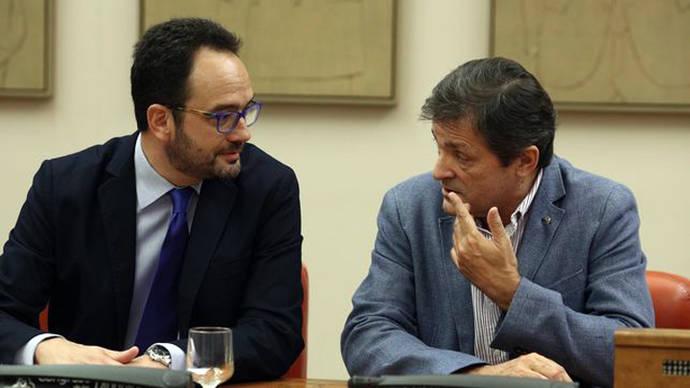 La dirección del PSOE se felicita por la