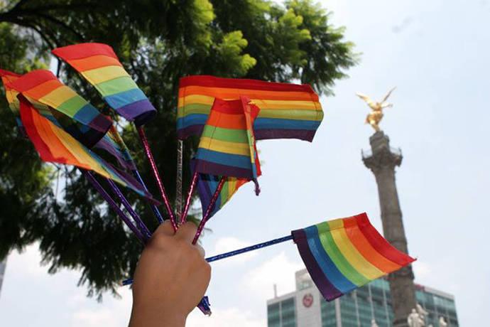 Ciudad de México promulga una constitución