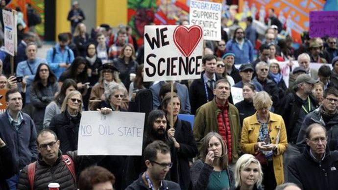 Científicos en guerra contra Trump