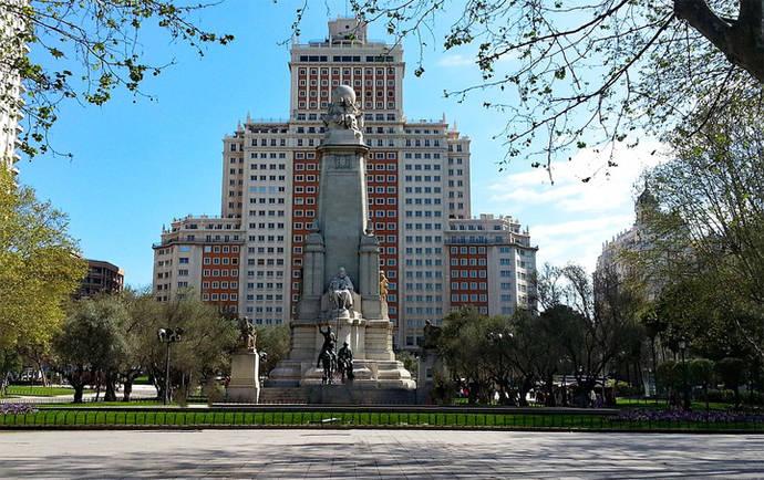 Madrid llama a sus vecinos a las urnas para decidir el futuro de Plaza España y la Gran Vía