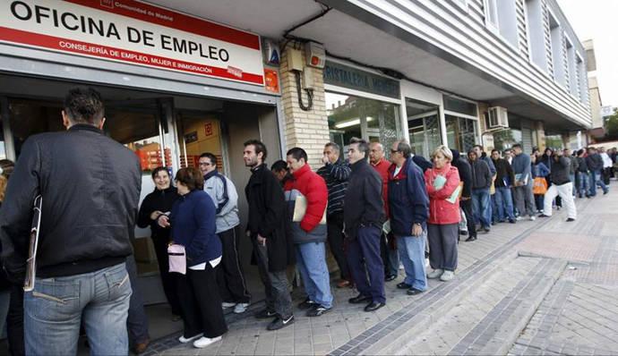Enero vuelve a 'desnudar' la estacionalidad y la precariedad del mercado laboral español