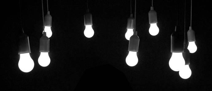 La luz sigue subiendo y la CNMC continúa sin decir si lo investiga