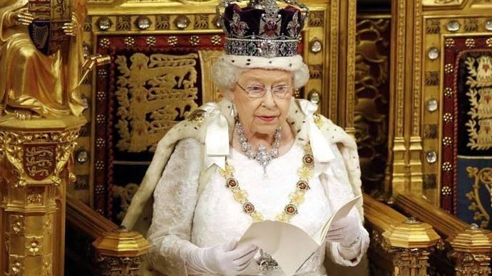 Isabel II celebra 65 años en el trono del Reino Unido
