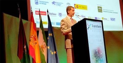 El rey Felipe VI inaugura la Sexta Edición de Foro Transfiere