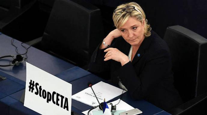 Sospechan que Le Pen falsificó una nómina para justificar empleo ficticio