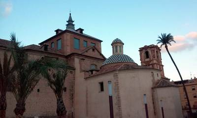 Orihuela, iglesias, palacios y conventos
