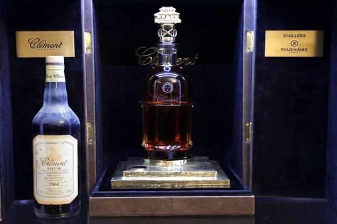 Vendida la botella de ron más cara del mundo por 100.000 euros