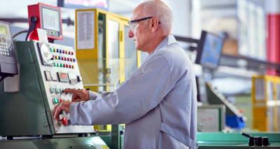 Solo un 5% de los españoles de 65 a 69 años siguen en activo
