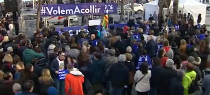 Los manifestantes han pedido abrir fronteras y respetar los derechos de los refugiados