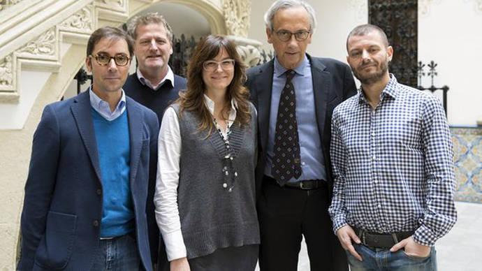 El grupo de investigadores del ensayo clínico IrsiCaixa/ IRSICAIXA