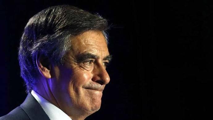 Juppé se perfila como candidato presidencial si Fillon se retira