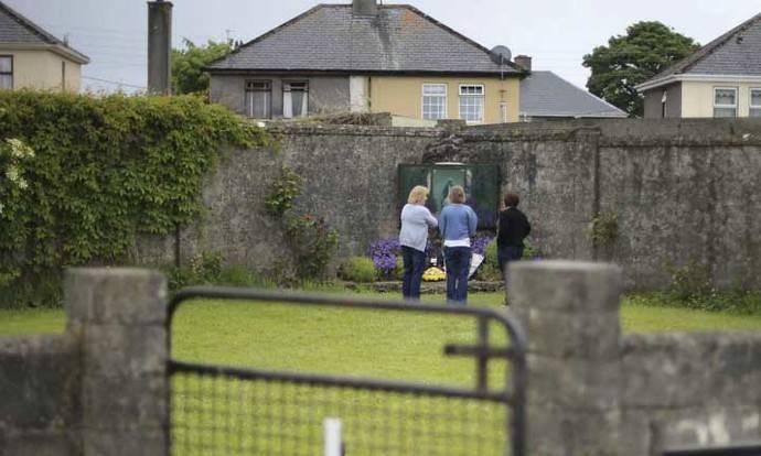 Hallados numerosos restos de bebés en un centro católico de madres solteras de Irlanda