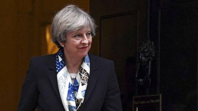 Diputados piden a May que garantice 'ahora' derechos de los comunitarios