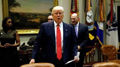 Casa Blanca pospone hasta próxima semana nuevo decreto migratorio de Trump