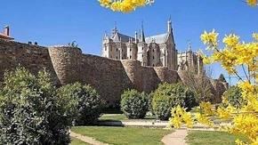 Astorga, una Ciudad Bimilenaria en el Camino de Santiago. De Roma a Gaudí