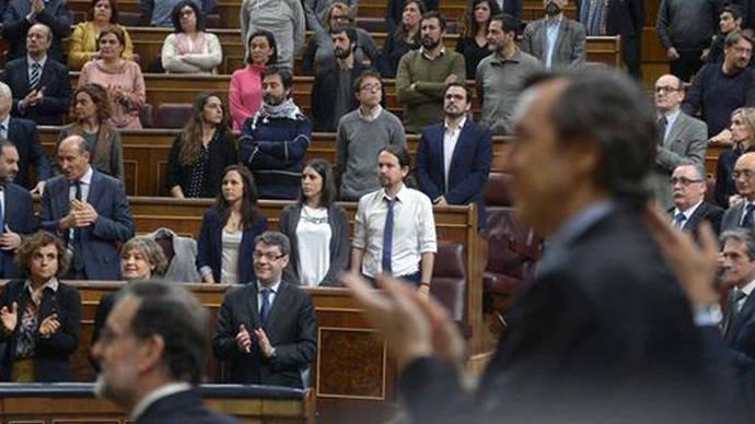 Las protestas de Unidos Podemos por la activista argentina encarcelada obligan a Macri a responder por el caso