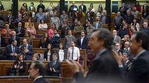 Los diputados de Unidos Podemos no aplauden al presidente argentino Mauricio Macri