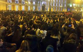 Un momento de la concentración de apoyo a las mujeres en huelga de hambre de Sol