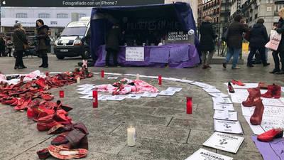 La Policía denuncia a las mujeres en huelga de hambre de Sol