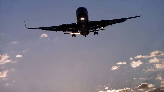 Por una manta, un vuelo en EE.UU. tuvo que ser desviado