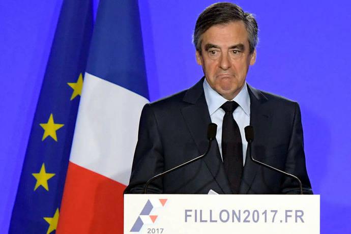Candidato francés François Fillon acusado de malversación de fondos