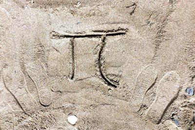 Este martes, la fecha (3/14) y la hora (1:59) coincidieron con las primeros decimales del número pi que es 3.14159.