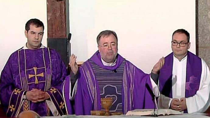 La misa en TVE abre el debate entre el servicio público y el privilegio católico