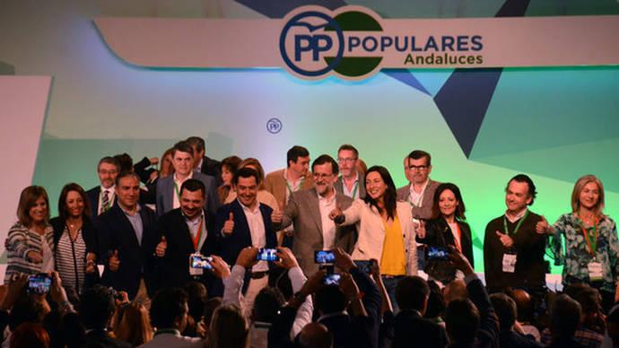Mariano Rajoy con la nueva cúpula del PP-A