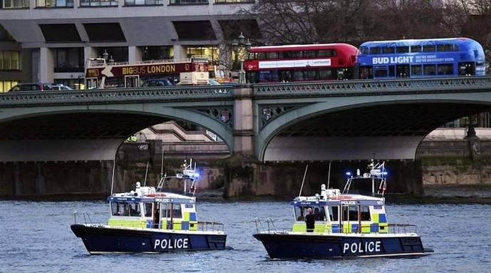 Legislador británico se convierte en héroe tras atentando en Londres