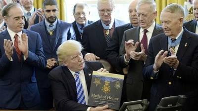 Trump vaticina fracaso rotundo de Obamacare tras retirar su reforma