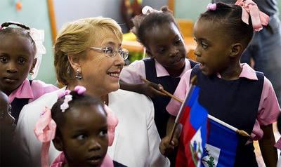 Michelle Bachelet visita Haití y aborda la crisis migratoria