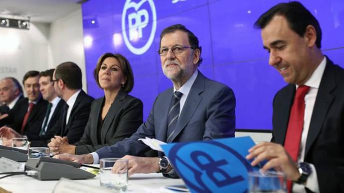 El PP admite su minoría y vota con todos los grupos investigar su financiación en una comisión del Congreso