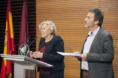 Carmena se sacude la presión de PP, PSOE y Ciudadanos y mantiene a Mauricio Valiente al frente de Derechos Humanos