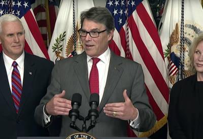 El Secretario de Energía y ex-gobernador de Texas, Rick Perry