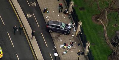Automóvil con el que fueron cometidos los atropellos por el presunto terrorista