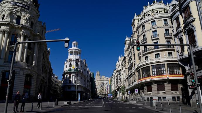 En la imagen de referencia, la Gran Vía madrileña...