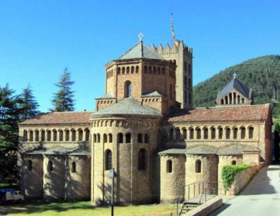 Sancta María de Rivipollensis en el siglo XI