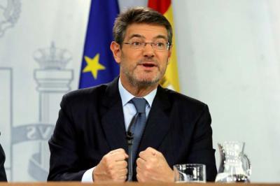 El Gobierno y el PP evitan salir a respaldar a Catalá mientras jueces y fiscales piden su dimisión