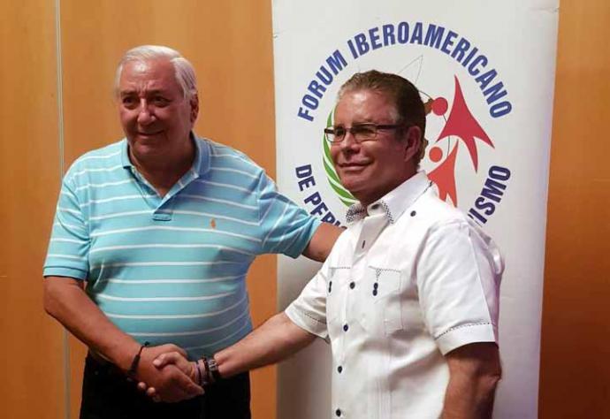 Oscar Guida, vicepresidente de Aptur Chile, será también el primer vicepresidente del Forum. Junto a Luis José Chávez, nuevo presidente de la entidad periodística iberoamericana