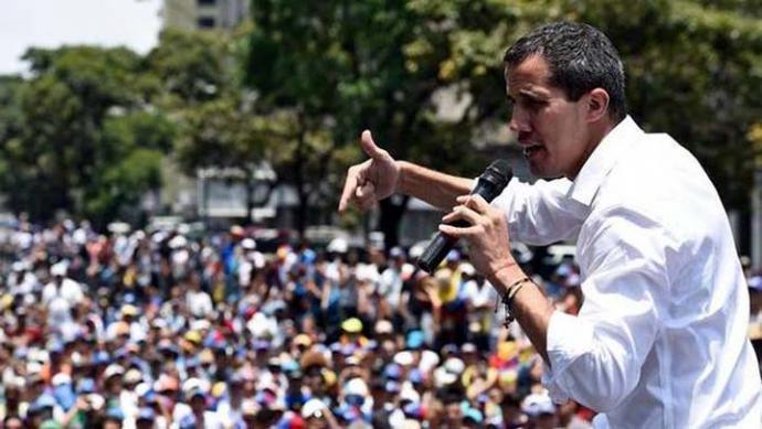Guaidó reaparece en Caracas y llama a un paro progresivo en la administración