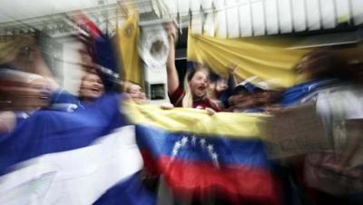 Leopoldo López y su familia dejan la embajada de Chile y se refugian en la de España