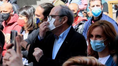 Los candidatos a la Comunidad de Madrid de Unidas Podemos, Pablo Iglesias; PSOE, Ángel Gabilondo, y Más Madrid, Mónica García, participan en la manifestación del Primero de Mayo, convocada este sábado en Madrid.EFE/Fernando Alvarado