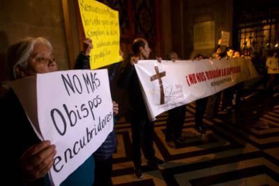 La Fiscalía en Chile abrió investigaciones por los escándalos de abuso sexual por parte de miembros de la Iglesia.