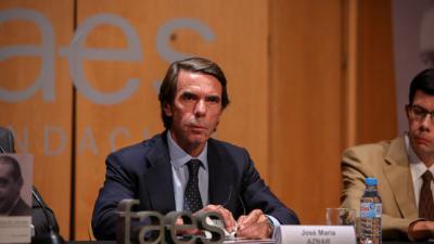 """Aznar compara los sucesos en Cataluña con el """"golpe de Estado del 34"""" y avisa: """"nadie está por encima de la ley"""""""
