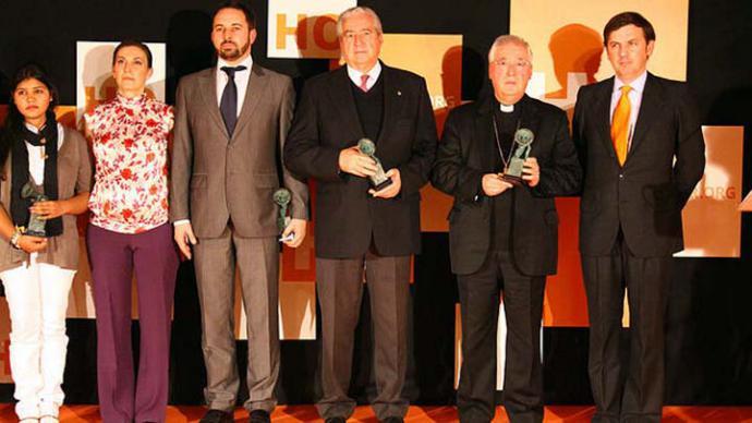 Santiago Abascal, el obispo de Alcalá e Ignacio Arsuaga (dcha) en la gala de premios HazteOir 2012CONTANDO ESTRELAS